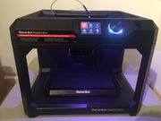 3D Drucker - MakerBot Replicator mit