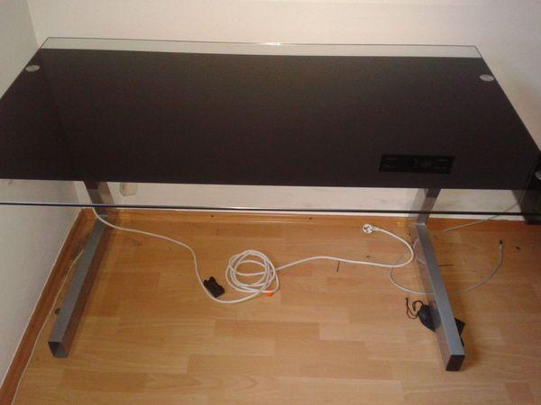Stylischer Glas Schreibtisch In Neidenfels Buromobel Kaufen Und