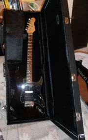 SCHNÄPPCHEN seltene Vintage E-Gitarre Koffer