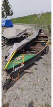 Gondel-Boot mit 6 PS Außenborder