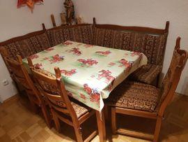 Sitzecke + Tisch + 3 Stühle