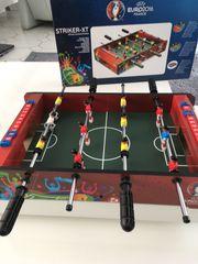 Tisch-Fussball-Spiel aus Holz wie neu