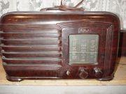 2 alte Radio