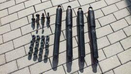UAZ, 469, Federnpaket, Stoßdämpfer komplett, Stoßdämpferhalter vorn und hinten (neu)