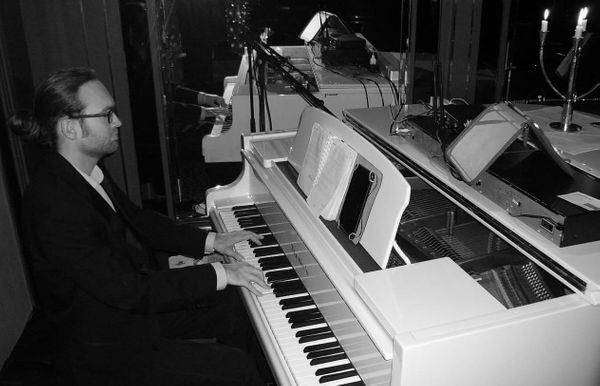 Klavierunterricht und Gesangsunterricht