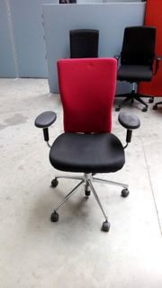 vitra Bürodrehstuhl t-chair schwarz rot Bürostuhl