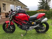 Ducati Monster 696 TÜV AU