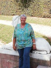 Witwe 67 mit Herz Hirn