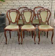 Fünf sehr schöne antike Esszimmerstühle