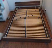 Bett mit Lattenrost 140x200 cm