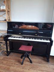 klavier gut erhalten