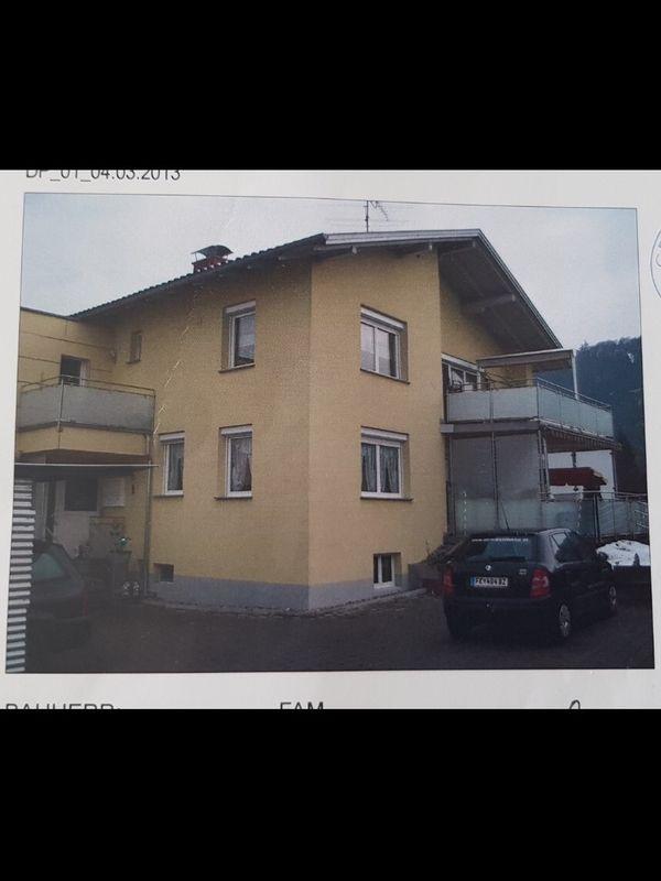 Mehrfamilienhaus mit großem Grundstück