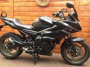 Yamaha XJ6 Diversion ABS schwarz