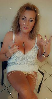 Sexy Anja 50 charmant aufgeschlossen