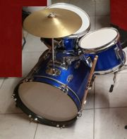 Kinder-Schlagzeug inkl Hocker