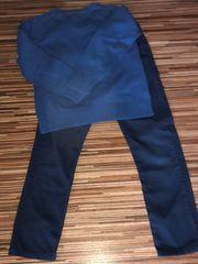 Kleidungskombi Hose und Pullover 122