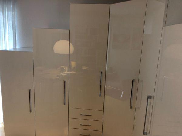 modularer Kleider Eckschrank weiss Hochglanz Einzelschränke neuw in ...