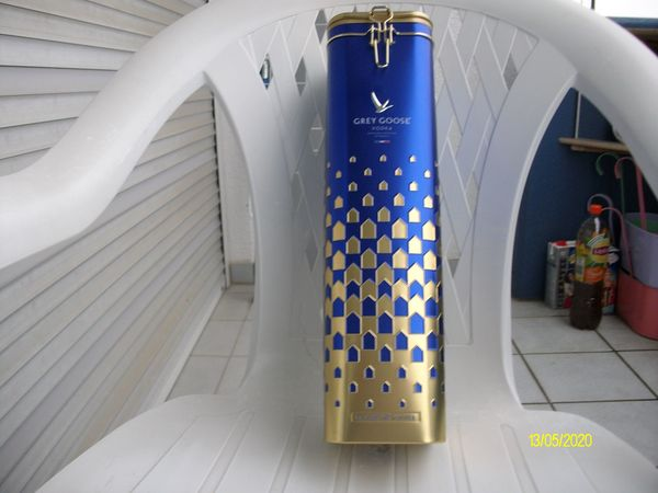 Blechdose Blau mit Gold