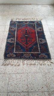 Handgewebter antiker Teppich