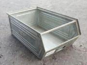 Alte Metallkisten für Ihre Werkstatt
