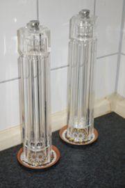 Pfeffermühle und Salzmühle sehr dekorativ