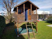 Kinder Gartenhaus und Sandkasten