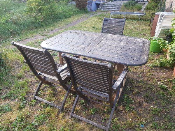 Ausziehbarer Holztisch Inclusive Stuhle Fur Terasse Oder Garten In Karlsruhe Gartenmobel Kaufen Und Verkaufen Uber Private Kleinanzeigen