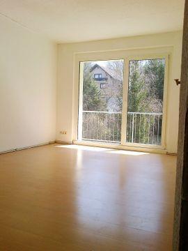 3Zi Whg mit Balkon in: Kleinanzeigen aus Sangerhausen - Rubrik Vermietung 3-Zimmer-Wohnungen