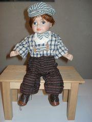 Sammler-Puppe Junge sitzend Deko ca