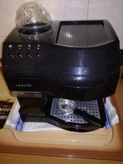 Espressomaschine lavite mit integriertem Mühle
