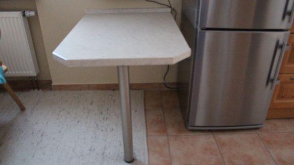 Tisch Wandmontage