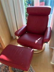 Stressless Sessel mit Hocker