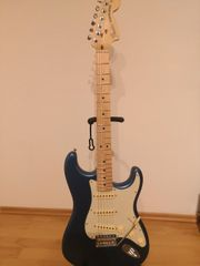 Fender AM Perf Stratocaster