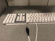 Tastatur mit USB Buchse