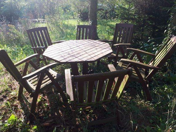 Verkaufe Schone Sitzgruppe Aus Holz Fur Den Garten Mit