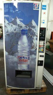 Dosen und Flaschenautomat und Softdrinksspender