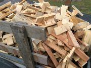 Palettenholz Kaminholz Anmachholz Pressklötze trocken