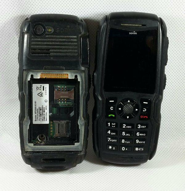 2x Sonim XP3300 Force E-R1