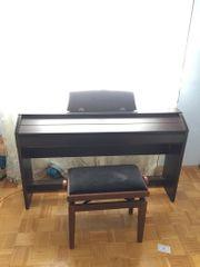 px750 Klavier