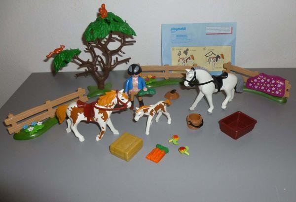 Playmobil 5227 Pferdekoppel und 5229