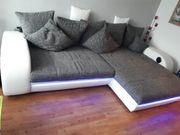 RESERVIERT Eckgarnitur mit RGB-Beleuchtung und