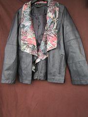 Gr 48 Jacke im Leder-Look