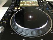 2 x Pioneer DJ CDJ-2000