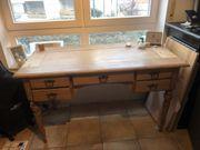 Antiker Schreibtisch - restauriert in sehr