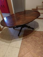 Eleganter Wohnzimmer - Tisch - schöne Intarsien -