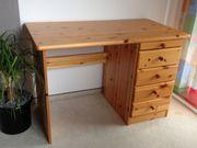 Schreibtisch - Tisch