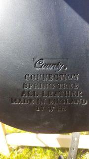 County Connection Dressursattel schwarz 17