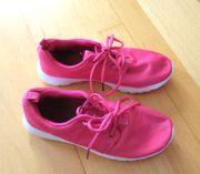 NEUWERTIGE pinke Sneaker Größe 37