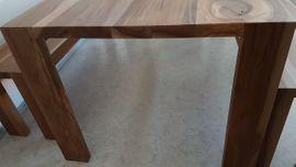 Speisezimmer, Essecken - Tisch mit Sitzbänken und Hocker