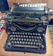 Alte MERCEDES Schreibmaschine zu verkaufen